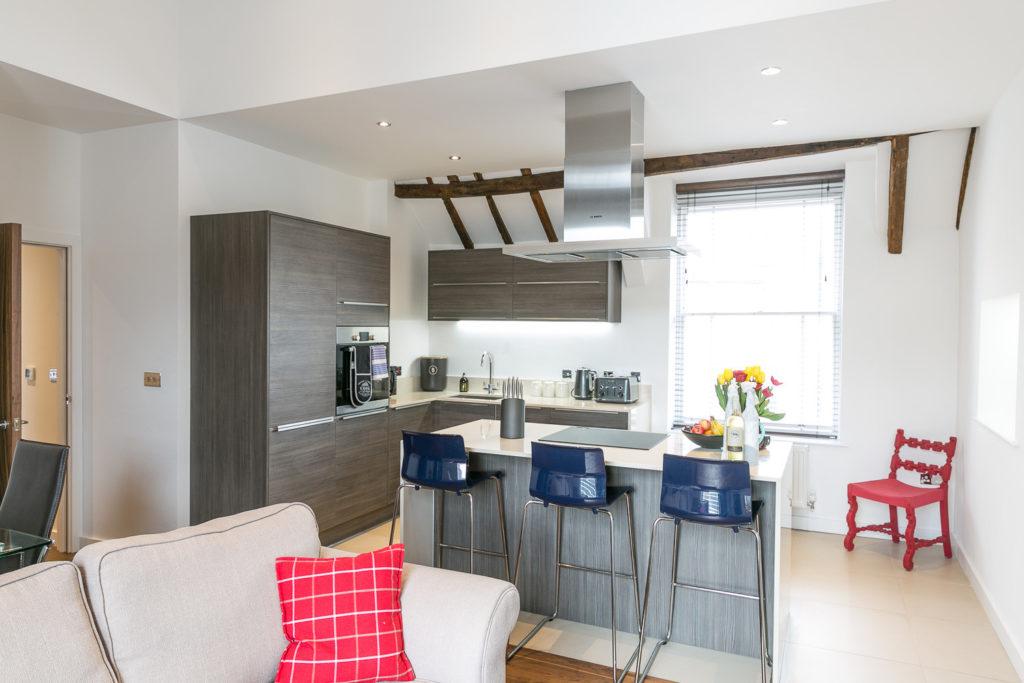 Kingfisher Suite Riverside Apartments Kitchen
